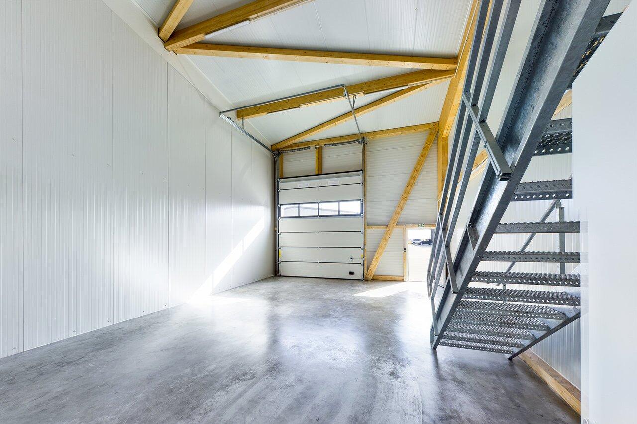 Lager-mit-büro-mieten-Storage24-1