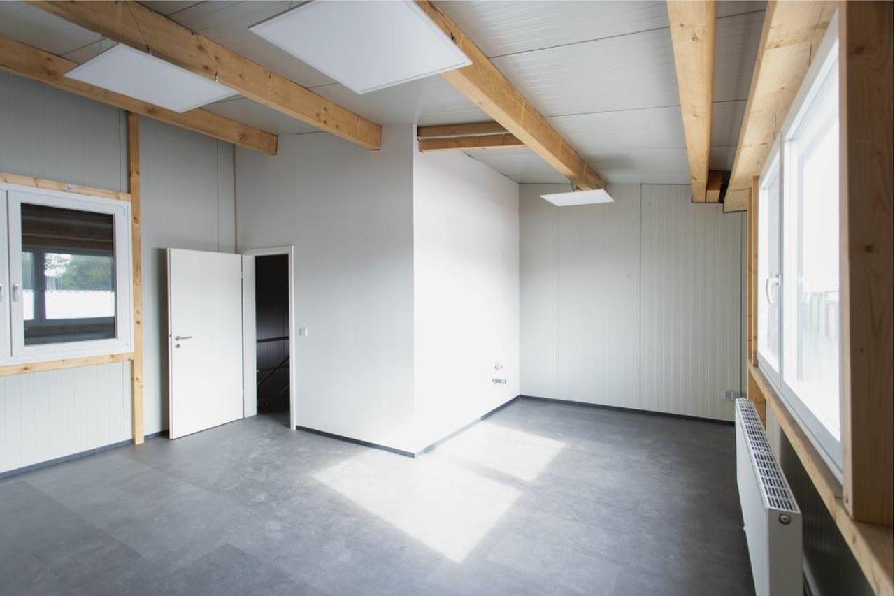 Unternehmereinheit-Lagerfläche-mit-büro-mieten-Storage24